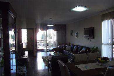 Apartamento, código 8703 em Santos, bairro Embaré