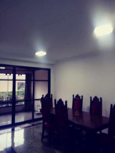Apartamento, código 10558 em Santos, bairro Boqueirão