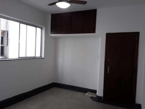 Apartamento, código 10566 em Santos, bairro Gonzaga