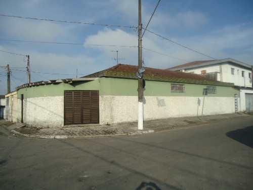 Casa, código 10777 em Santos, bairro Macuco