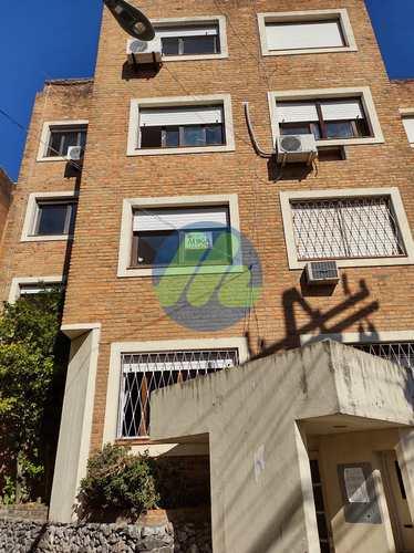 Apartamento, código 138 em Pelotas, bairro Centro