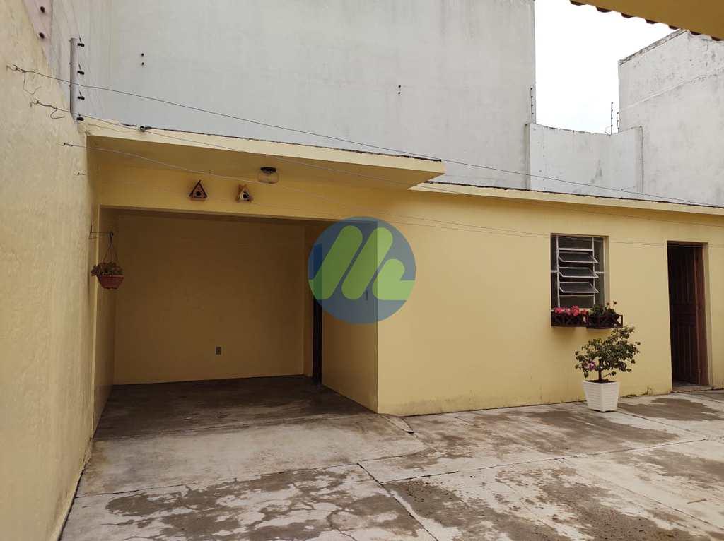 Sobrado em Pelotas, no bairro Parque Tênis Clube