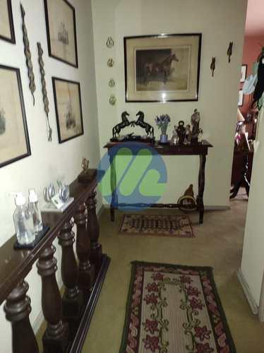 Apartamento, código 158 em Pelotas, bairro Centro