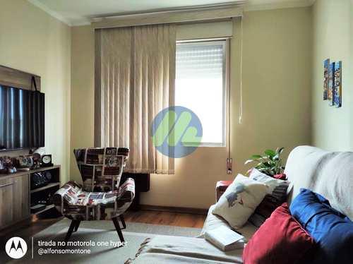 Apartamento, código 182 em Pelotas, bairro Centro