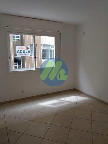 Apartamento, código 210 em Pelotas, bairro Centro