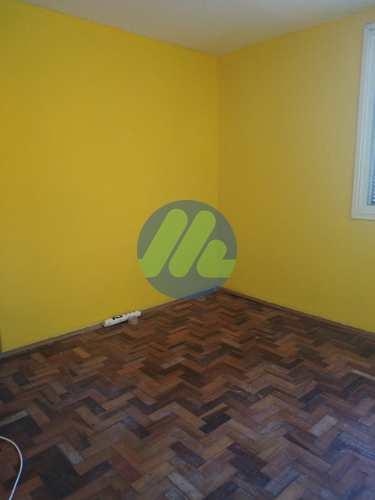 Apartamento, código 226 em Pelotas, bairro Centro
