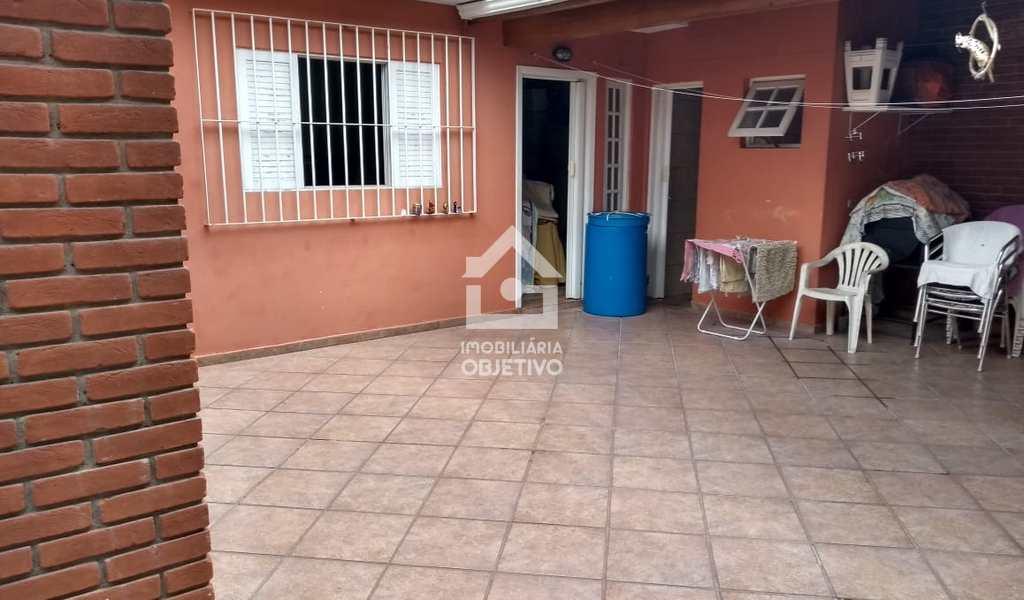 Casa em Taboão da Serra, bairro Jardim Bom Tempo