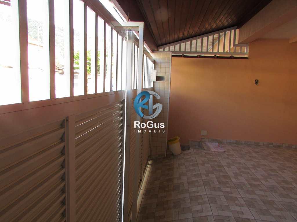 Sobrado em Santos, no bairro São Jorge