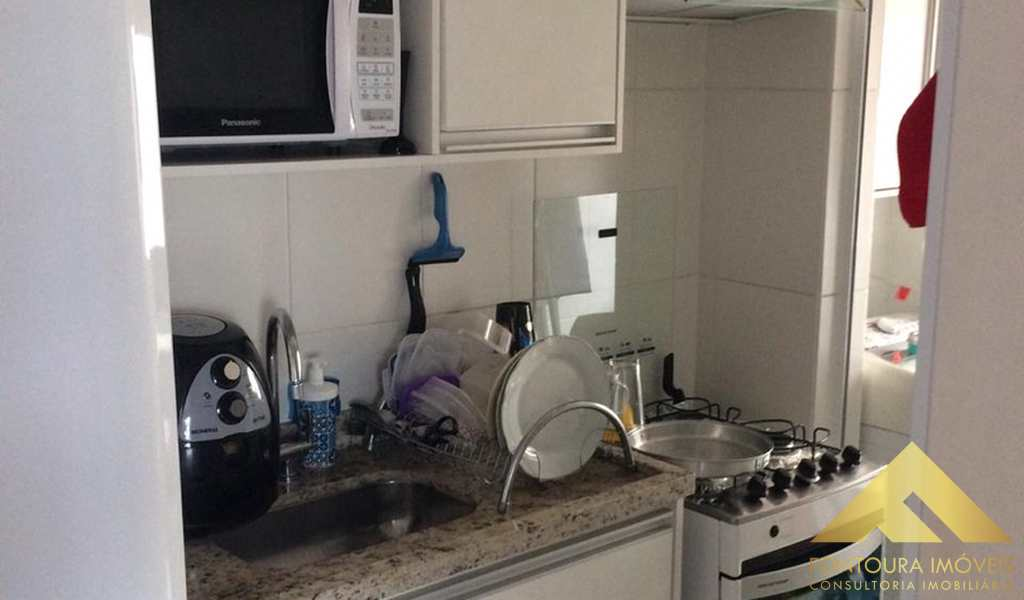 Apartamento em Diadema, bairro Canhema