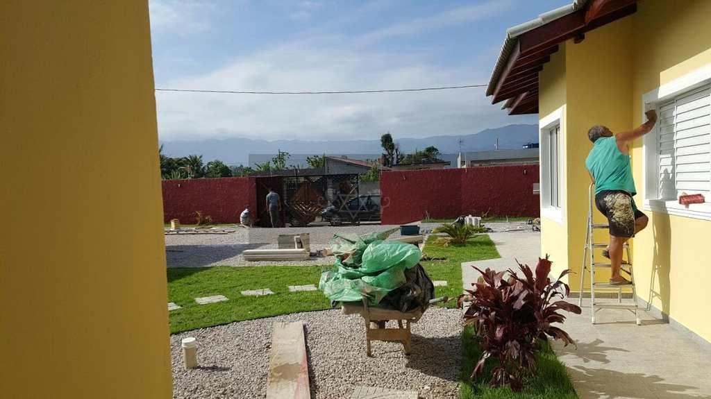 condomínio em Caraguatatuba, bairro Balneário dos Golfinhos