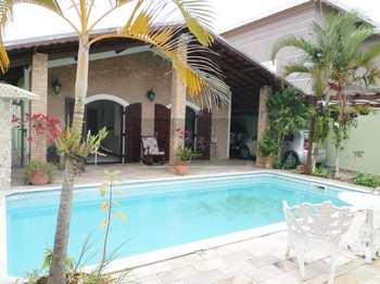 Casa, código 9 em Caraguatatuba, bairro Jardim Primavera