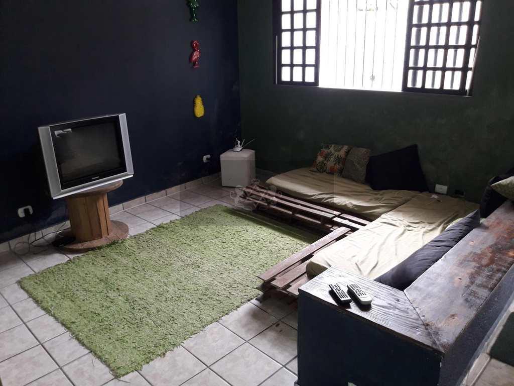 Sobrado em Caraguatatuba, no bairro Porto Novo