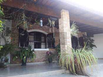 Casa, código 20 em Caraguatatuba, bairro Porto Novo