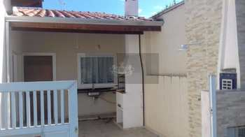 Casa, código 24 em Caraguatatuba, bairro Capricórnio I