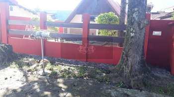 Casa, código 30 em Caraguatatuba, bairro Getuba