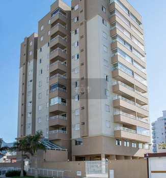 Apartamento, código 54 em Caraguatatuba, bairro Indaiá