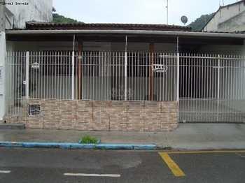 Casa, código 68 em Caraguatatuba, bairro Centro