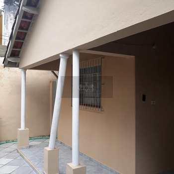 Casa em Caraguatatuba, bairro Centro