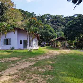 Chácara em Caraguatatuba, bairro Capricónio III