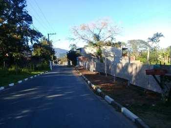 Área, código 99 em Caraguatatuba, bairro Barranco Alto