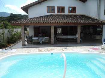 Casa, código 113 em Caraguatatuba, bairro Capricórnio II