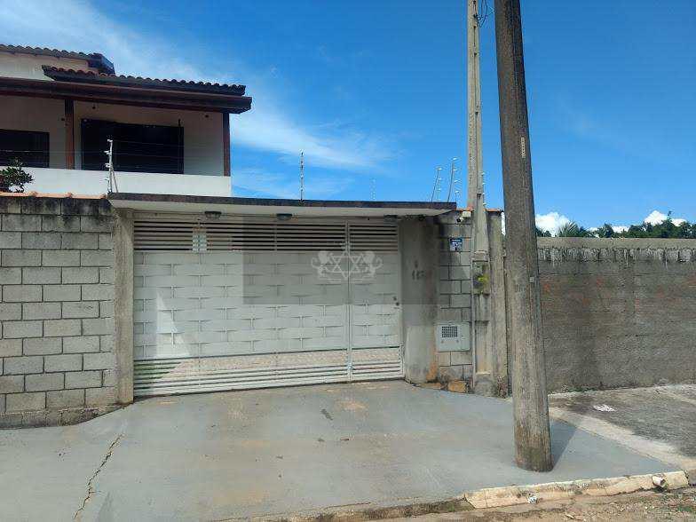 Sobrado em Caraguatatuba, no bairro Portal da Fazendinha