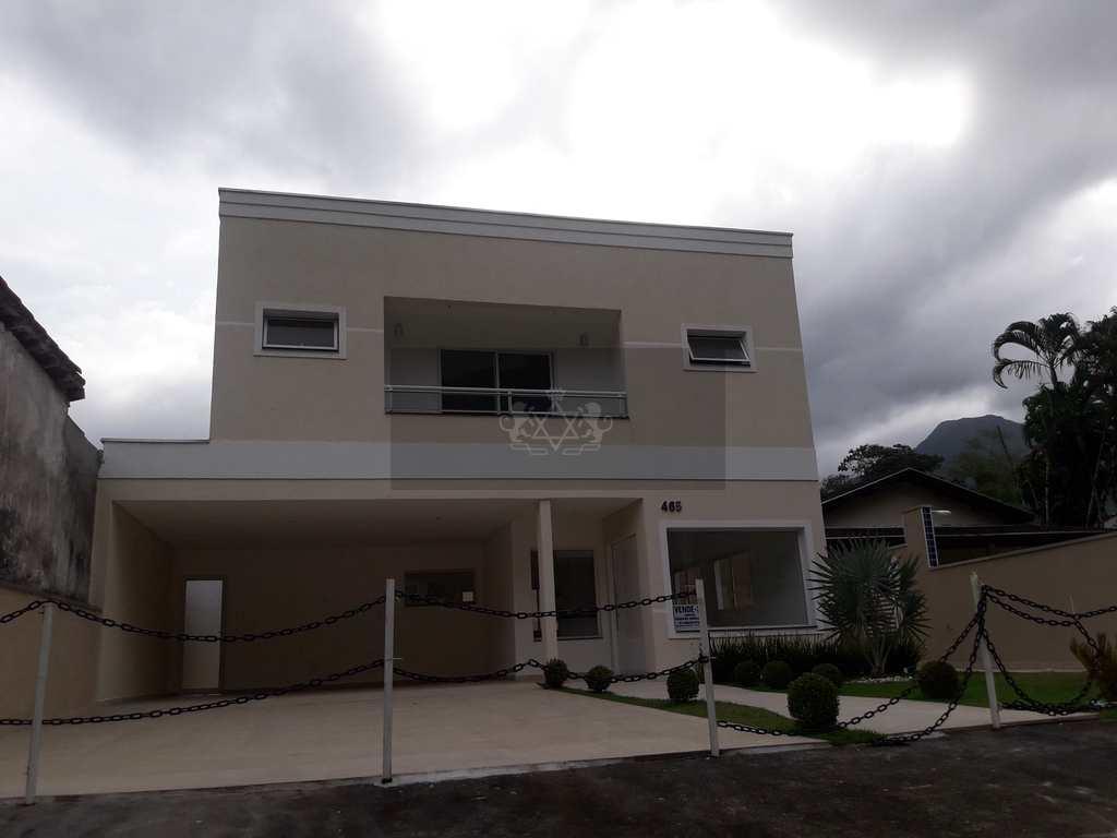 Sobrado em Caraguatatuba, no bairro Mar Verde II