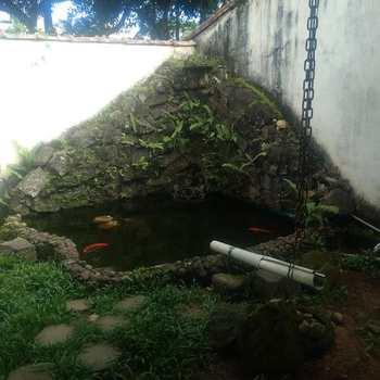 Sobrado em Ubatuba, bairro Itagua