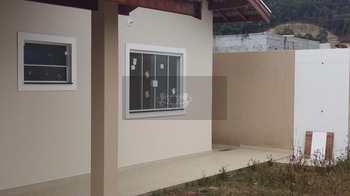 Casa, código 135 em Caraguatatuba, bairro Cidade Jardim