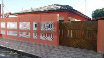Casa, código 163 em Caraguatatuba, bairro Praia das Palmeiras
