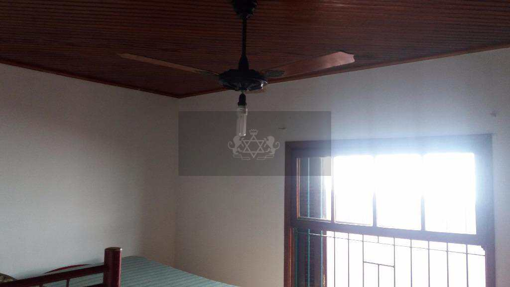 Casa em Caraguatatuba, no bairro Praia das Palmeiras