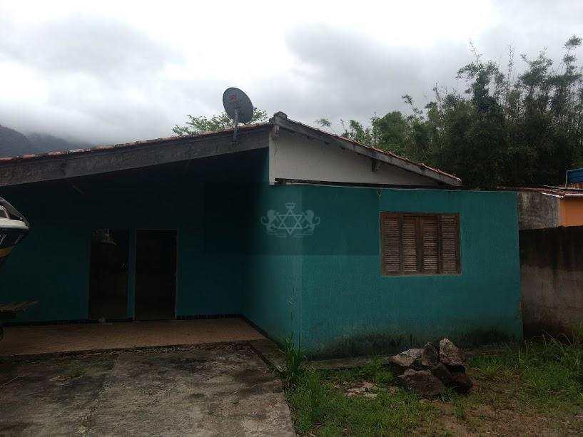 Casa em Caraguatatuba, no bairro Portal do Patrimonium