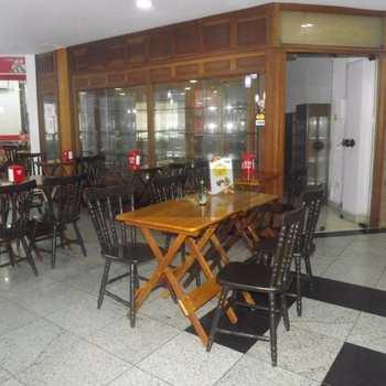 Sala Comercial em Caraguatatuba, bairro Centro