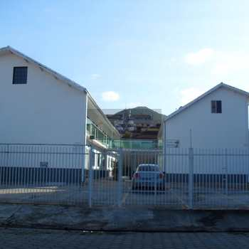 Flat em Caraguatatuba, bairro Martim de Sá