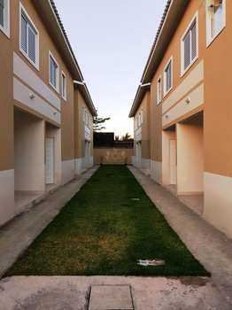 Sobrado, código 219 em Caraguatatuba, bairro Porto Novo