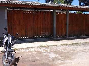 Casa, código 220 em Caraguatatuba, bairro Getuba