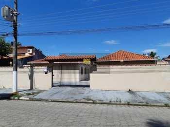Casa, código 221 em Caraguatatuba, bairro Martim de Sá