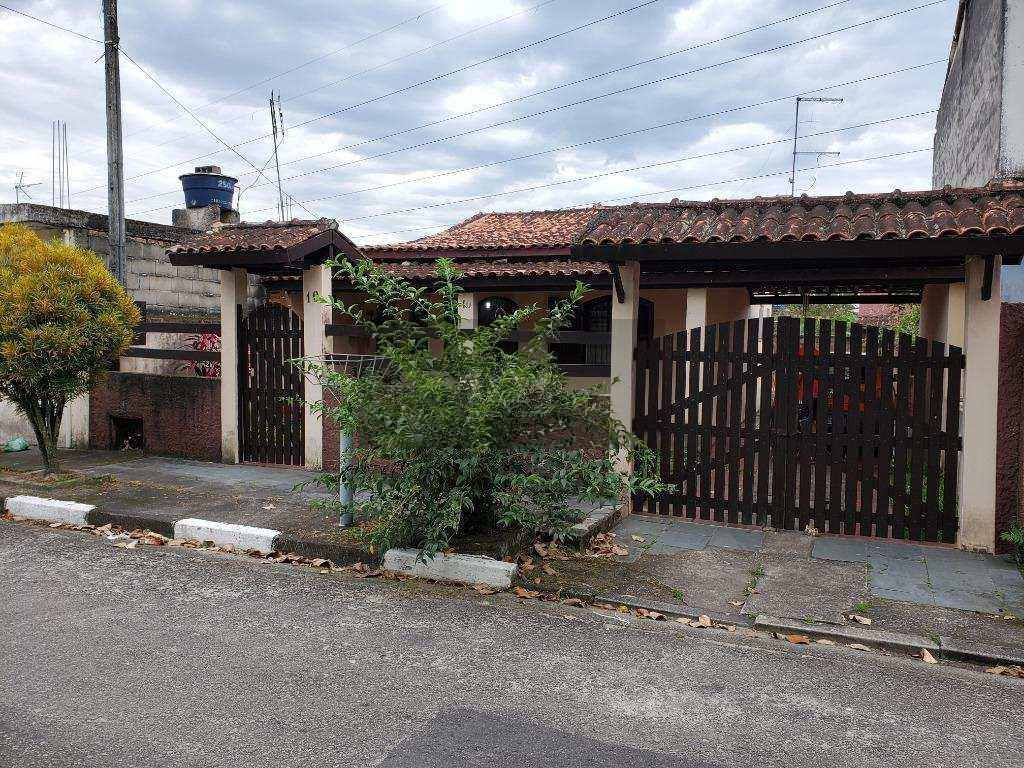 Casa em Caraguatatuba, no bairro Barranco Alto