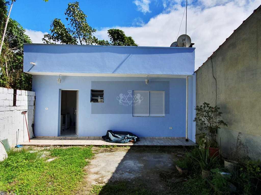 Casa em Caraguatatuba, no bairro Jardim das Gaivotas