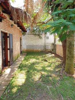 Casa, código 242 em Caraguatatuba, bairro Porto Novo