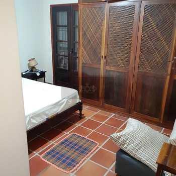 Casa em Caraguatatuba, bairro Porto Novo