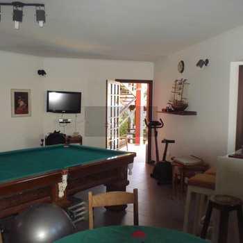 Casa em São Sebastião, bairro Guaecá