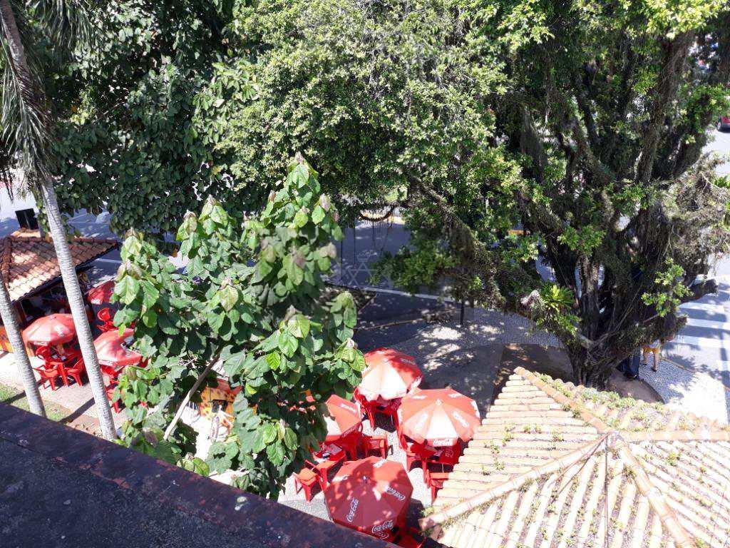 Sobrado Comercial em Caraguatatuba, no bairro Jardim Primavera