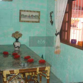 Casa em São Sebastião, bairro Praia Deserta