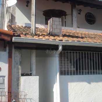 Sobrado em São Sebastião, bairro São Francisco da Praia