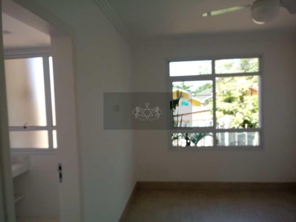 Sobrado de Condomínio em São Sebastião, no bairro Camburi