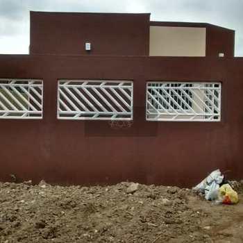 Casa em Caraguatatuba, bairro Massaguaçu
