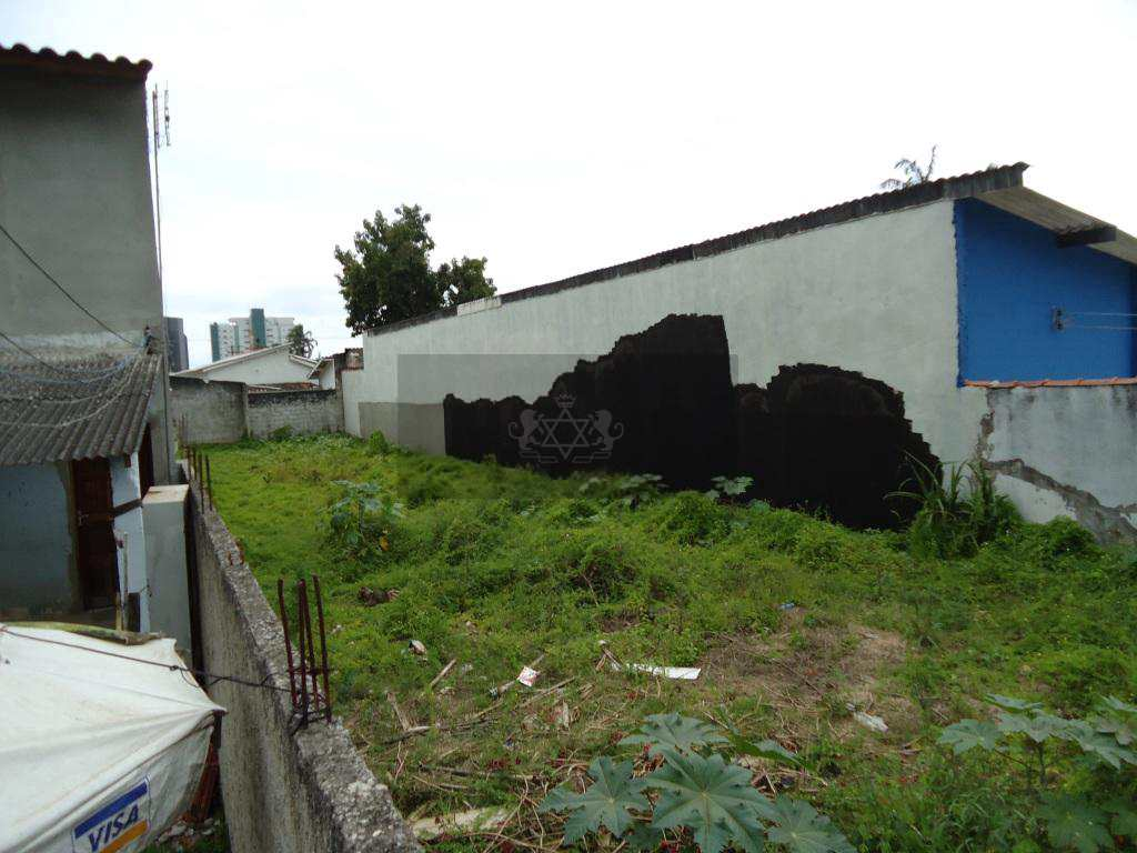 Terreno em Caraguatatuba, no bairro Sumaré