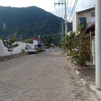 Galpão em Caraguatatuba, bairro Sumaré
