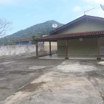 Casa em Caraguatatuba, bairro Loteamento Roteiro do Sol